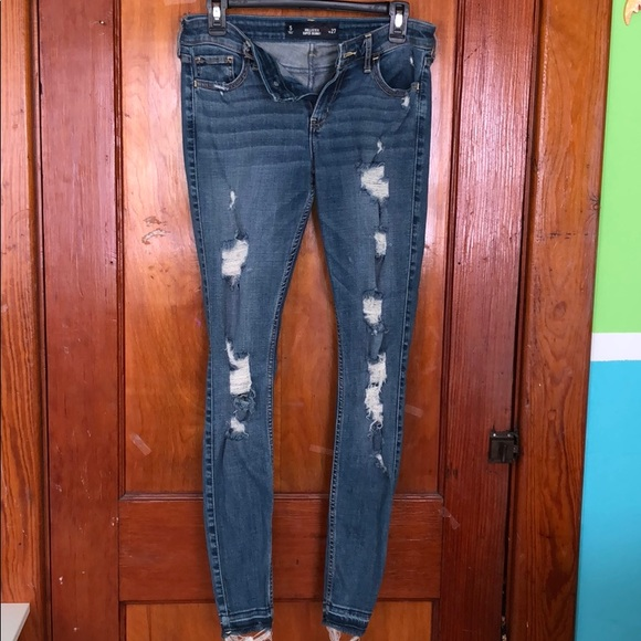 Hollister super skinny ripped jeans
